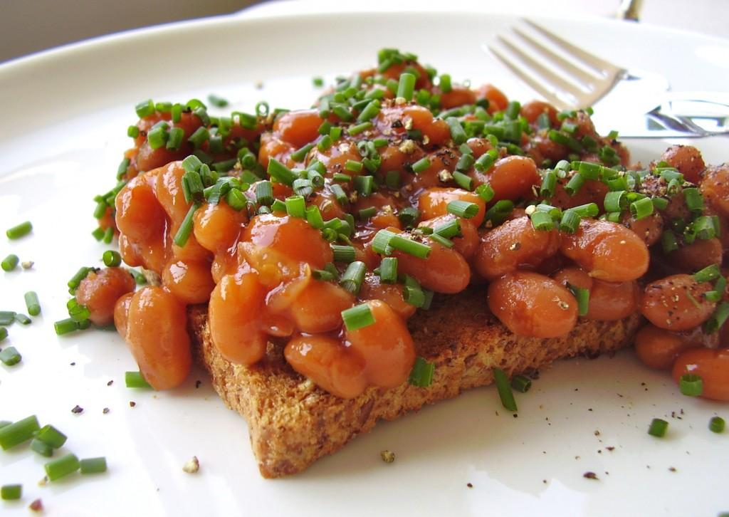 british style beans on toast (photo: Jackie Newgent)