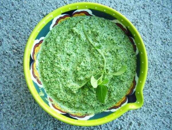 Vegan Spinach and Hemp Seed Pesto_bowl