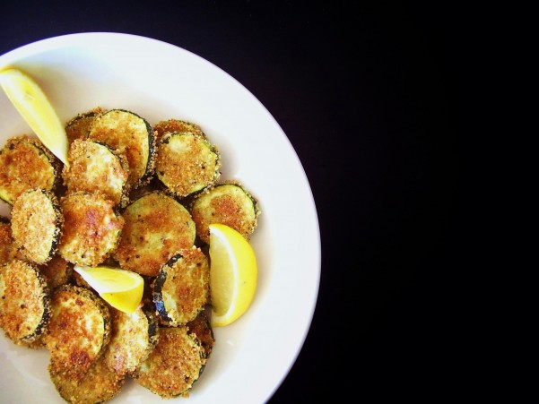 "Peppery Romano ""Fried"" Zucchini Chips"