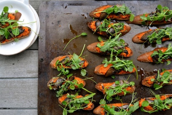 Vegan Portabella Crostini with Tunisian Carrot Puree and Greens_main