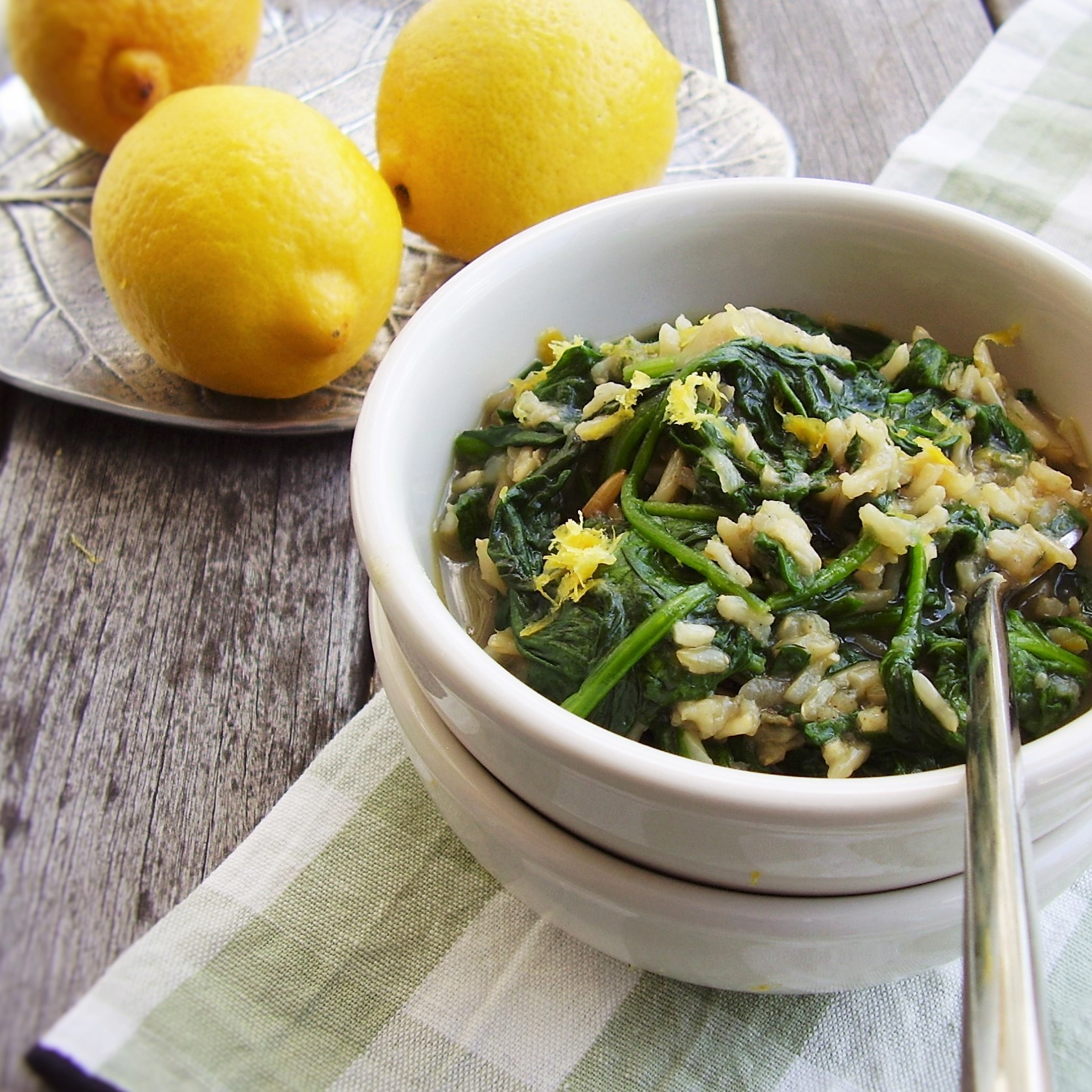 spanakorizo-style spinach and rice