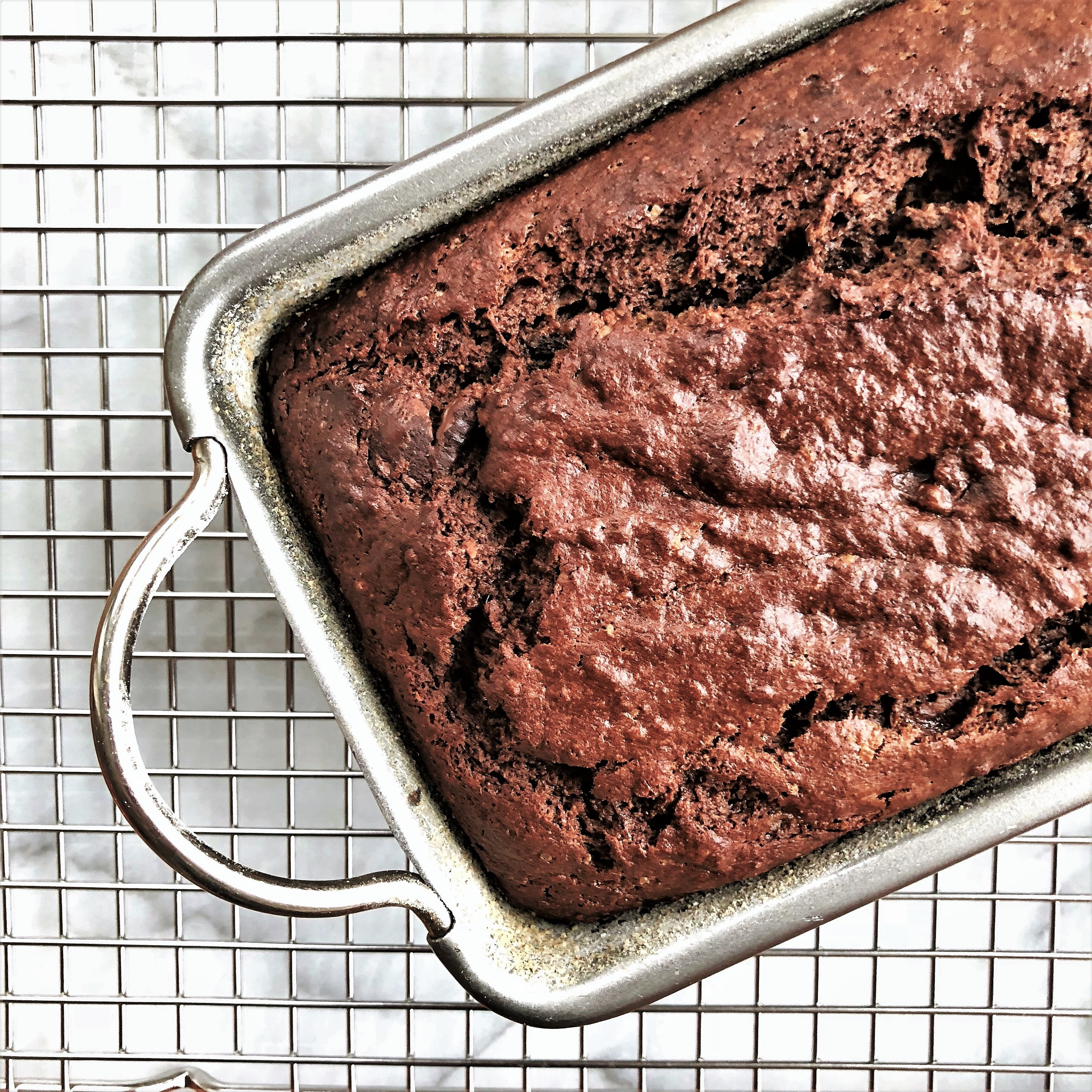 chocolate chocolate chip banana dessert bread