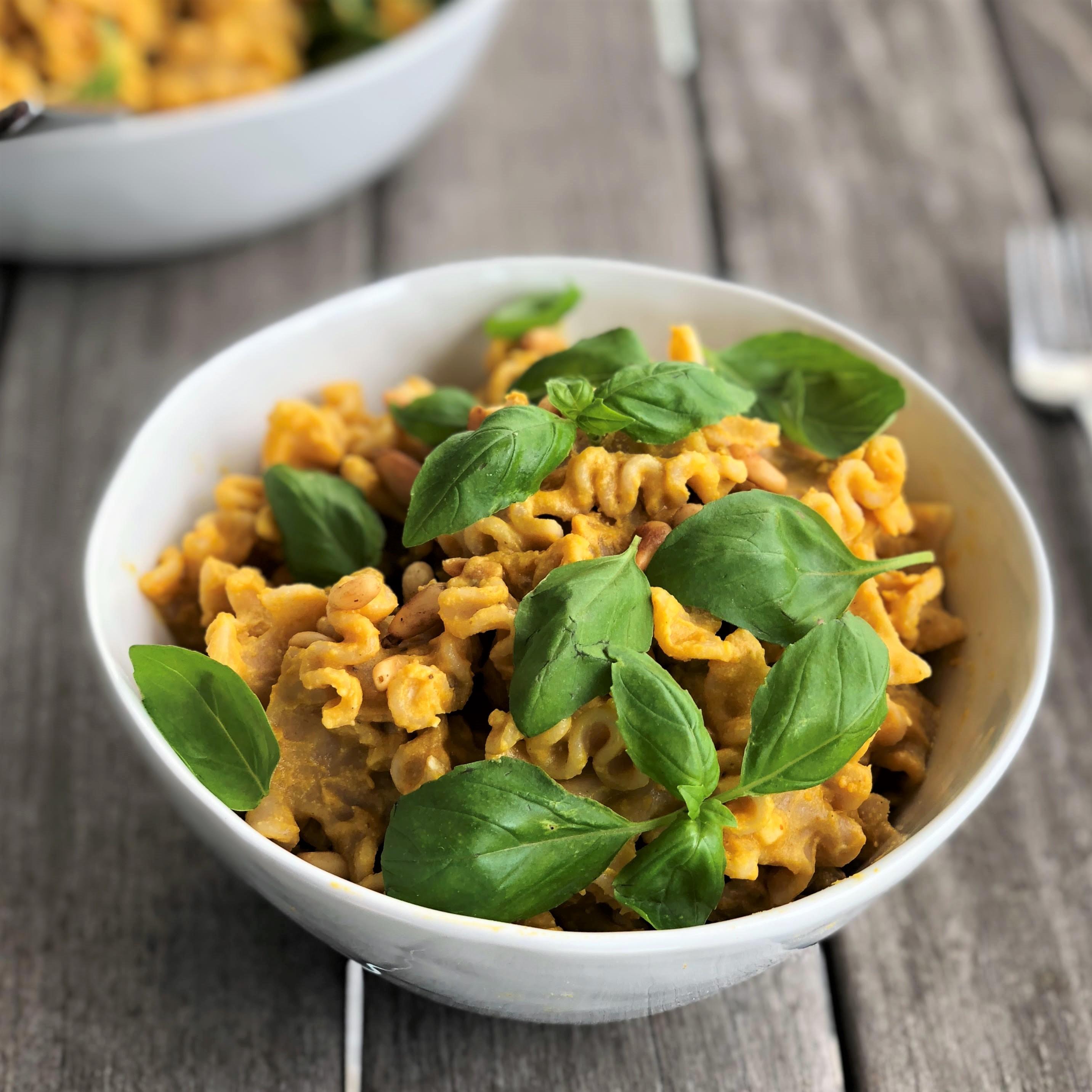 creamy vegan pumpkin pasta alfredo